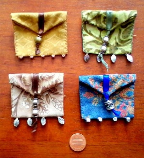 Brooch Pouch