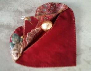 Valentine Heart Pouch 3