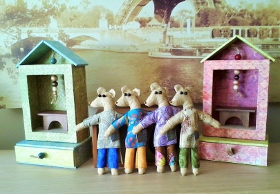 mouse dolls and personal shrines