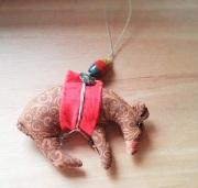 bear ornament b